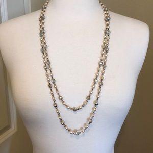 Vintage crystal & pearl necklace.